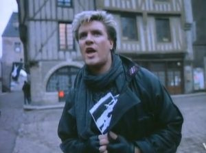 New Moon on Monday Duran Duran Simon Le Bon hands out flyers