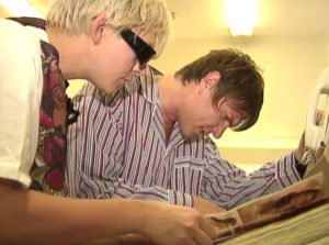 Duran Duran on MTV House of Style Simon and Nick shop for bras